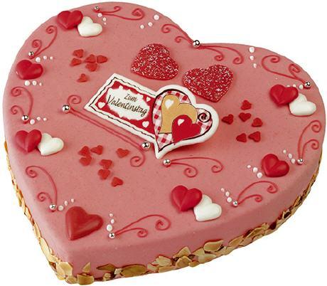 Eine Kombination Aus Den Verschiedenen Kulturen Wäre Natürlich Auch Eine  Valentinstorte. Diese Torte Könnte Dunkle Und Weiße Schokolade Als Füllung  Haben, ...
